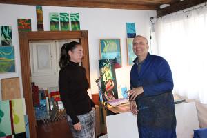 Freundlich empfing der Künstler uns in seinem zauberhaften kleinen Atelier.
