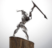 Edelstahlskulptur von Alois Demlehner - o.T. (Krieger)